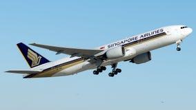 9V-SVI Сингапоре Аирлинес, Боинг 777-200 стоковая фотография rf