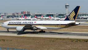 9V-SVL Singapore Airlines, Boeing 777-200 Stock Photos