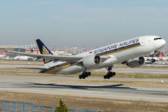 9V-SVM Singapore Airlines, Boeing 777-212/ER Imagem de Stock Royalty Free
