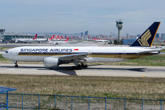 9V-SVM Singapore Airlines ,Boeing 777-212/ER Royalty Free Stock Photography