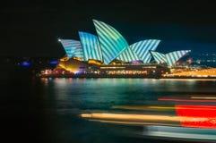 V van Levendig - Sydney Festival van Lichten, Muziek en Ideeën Stock Afbeeldingen