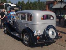 V vieille voiture de rassemblement Image stock