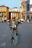 va à vélo vieux Image libre de droits