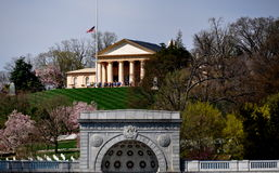 Арлингтон, VA: Взгляд к дому Арлингтона Стоковое Изображение