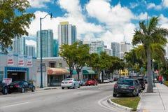 8va calle en poca La Habana, Miami Fotografía de archivo