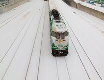 VA el tren en la nieve Fotos de archivo libres de regalías