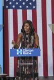 VA: Presidentsvrouw Michelle Obama voor Hillary Clinton in Fairfax Stock Foto