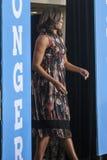 VA: Presidentsvrouw Michelle Obama voor Hillary Clinton in Fairfax Stock Afbeeldingen