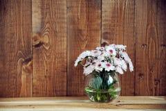 Vaas met bloemen Royalty-vrije Stock Afbeeldingen