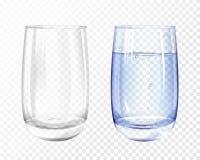 Vacío realista de Vectpr, vidrio con el sistema de la taza del agua ilustración del vector