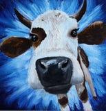 Vaca branca no fundo azul ilustração stock