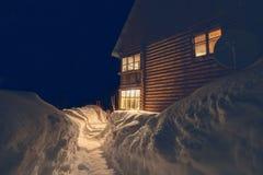 Vacaciones de invierno en las montañas Foto de archivo