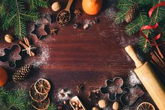 Vacaciones de invierno de la Navidad o marco del Año Nuevo con el espacio de la copia para el texto Fotografía de archivo libre de regalías