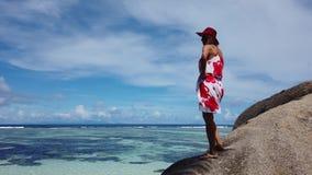 Vacaciones de verano de Seychelles almacen de metraje de vídeo