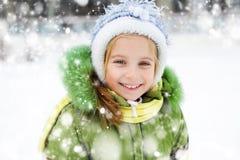 Vacaciones del invierno de la muchacha Imagenes de archivo