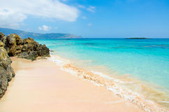 Vacaciones en Creta con la playa Elafonisi del paraíso fotografía de archivo libre de regalías
