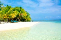 Vacaciones en la playa del paraíso Imagenes de archivo
