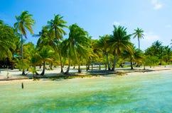 Vacaciones en la playa del paraíso foto de archivo