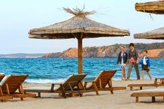 Vacances d'été de Familys sur la mer Photo stock