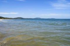 Vacances d'été de mer de l'eau d'espace libre de côte de plage Images stock