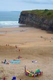 Vacances d'été sur la plage de ballybunion Photographie stock libre de droits