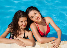 Vacances de piscine Photos libres de droits