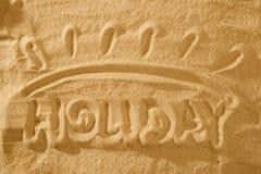 Vacances de Word ?t? dans le sable Signe de symbole de Sun photos libres de droits