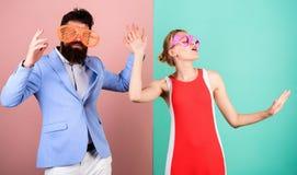 Vacances et mode d'été Couples dans l'amour rapports Co heureuse image libre de droits