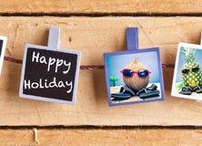 Vacances heureuses avec les amis fruités Photo stock