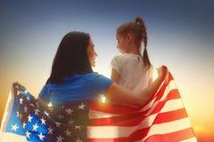 Vacances patriotiques Famille heureux Photographie stock libre de droits