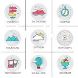 Vacances réglées de vacances d'icône de tourisme de voyage de voyage de voiture de montagnes de ballon à air Photos stock