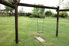 Vacant Hanging Swing Royalty Free Stock Photography