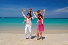 Vacanza di famiglia sulla spiaggia Fotografia Stock Libera da Diritti