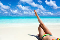 Vacanza di paradiso su una spiaggia tropicale Immagine Stock