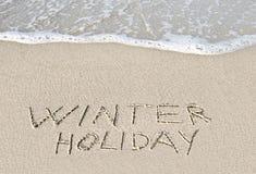Vacanza invernale scritta nella sabbia. Fotografie Stock Libere da Diritti