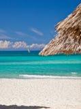 Vacanza su una spiaggia Immagini Stock Libere da Diritti