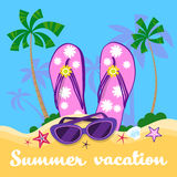 Vacanza tropicale di Flip Flops Sun Glasses Sand della spiaggia di estate Fotografia Stock