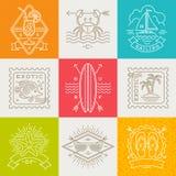 Vacanze estive, emblemi di viaggio e di vacanza, segni ed etichette Fotografia Stock Libera da Diritti