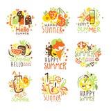 Vacanze estive felici Sunny Colorful Graphic Design Template Logo Series, stampini disegnati a mano di vettore illustrazione di stock