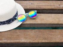 Vacation el tiempo de verano en el concepto de la playa Accesorios de la playa Foto de archivo