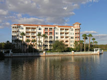 Vacation Resort Buildings & Lake 10 Stock Photography