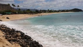 Vacations on Makaha Beach. On idyllic Makaha Beach, , Oahu, Hawaii stock video