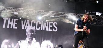 Vaccinmusikbandet utför på FIB Arkivfoto