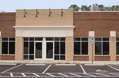 Vacie el edificio comercial Fotos de archivo libres de regalías