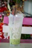 Vacie el té verde helado de la leche Imágenes de archivo libres de regalías