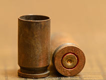Vacie las cubiertas de la cáscara de la bala de 9m m Fotos de archivo libres de regalías