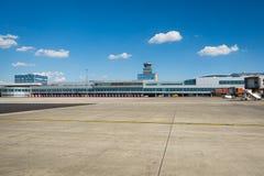 Vaclav Havel flygplats Prague royaltyfria bilder