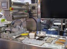 Vacuüm thermoforming machine royalty-vrije stock afbeeldingen