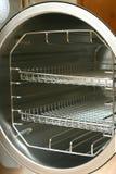 Vacuum l'alloggiamento rotondo di sterilisator (autoclave) Immagini Stock