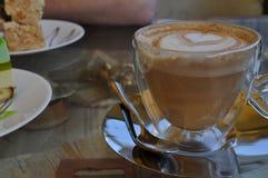 Vad kunde vara bättre kaffe royaltyfri foto